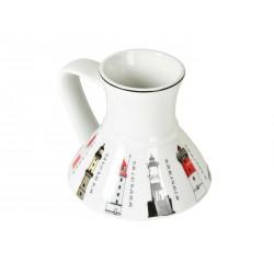 Porceliano puodelis su švyturių dekoracija