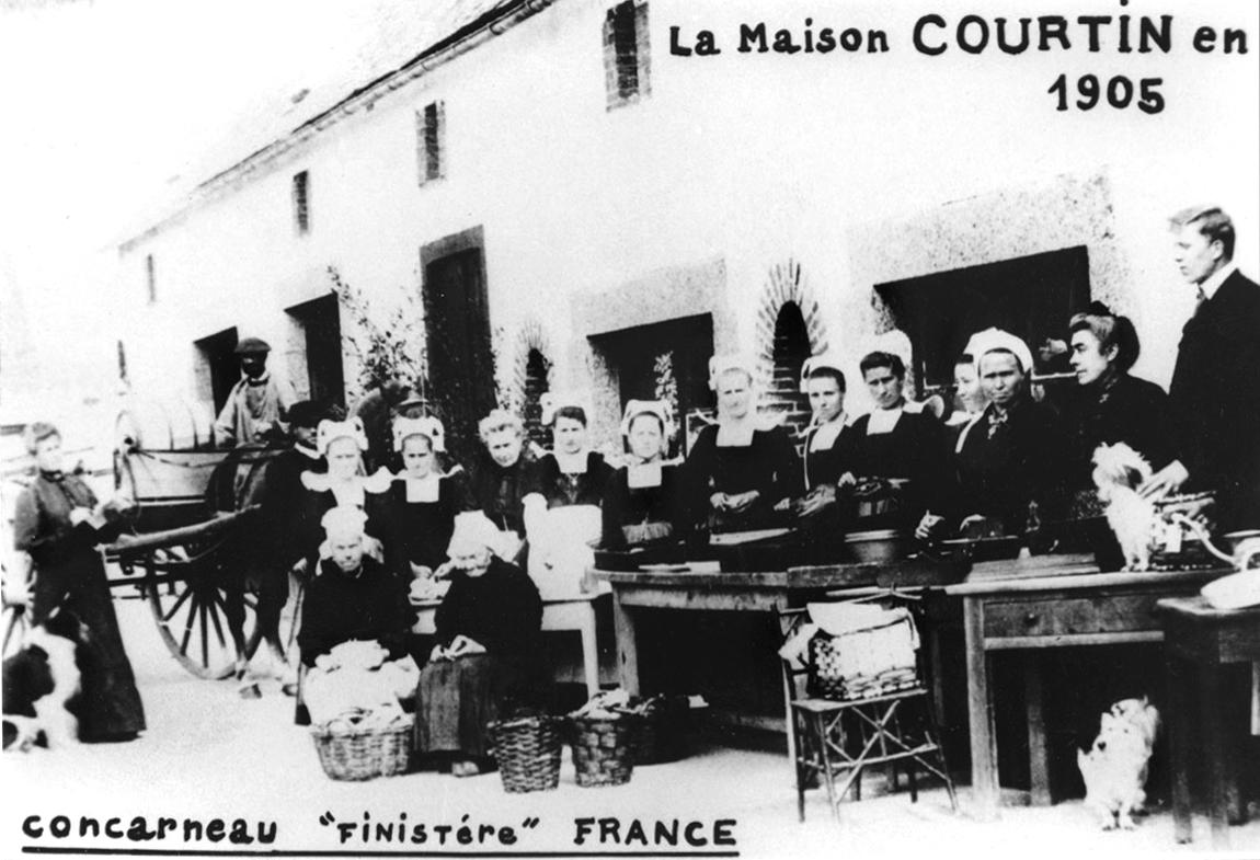 Maison-Courtin 1905 metai šeimos konservų fabrikas vienas seniausių Bretanėje sardinės tunas gastronominio paveldo dalis